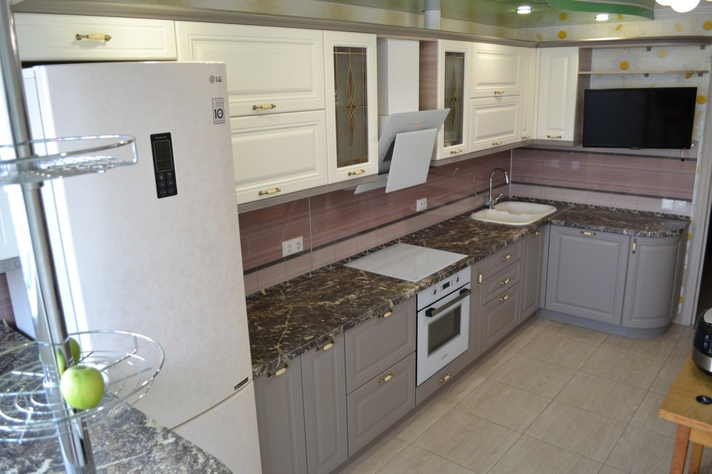 Встроенная кухня-Кухня МДФ в ПВХ «Модель 178»-фото2