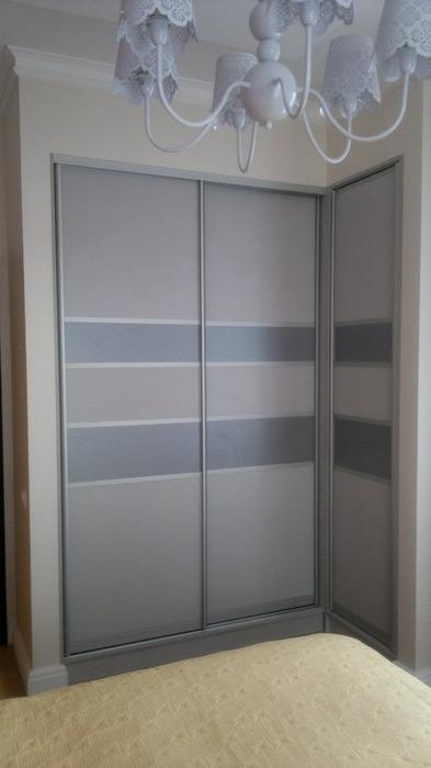 Встроенные шкафы-купе-Угловой шкаф-купе «Модель 184»-фото1
