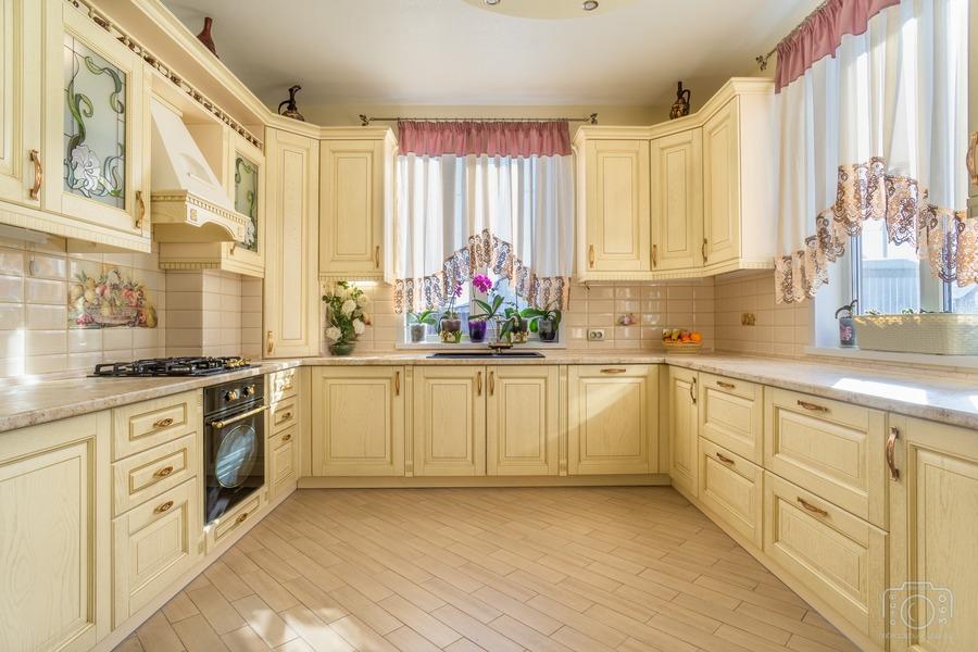 Белый кухонный гарнитур-Кухня из шпона «Модель 3»-фото2