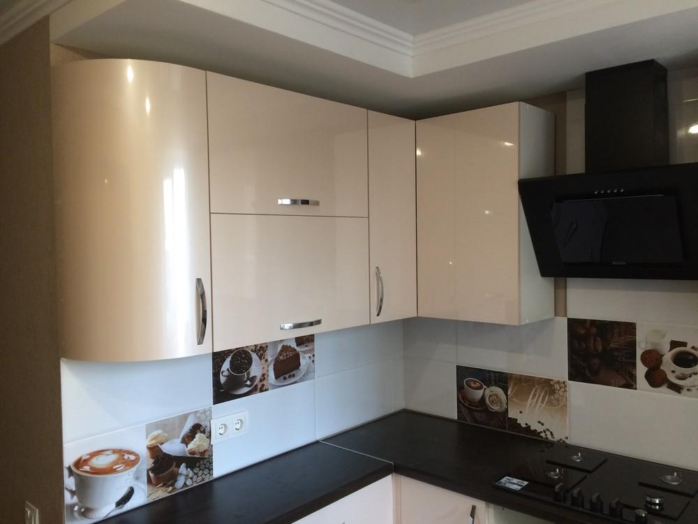 Белый кухонный гарнитур-Кухня МДФ в ПВХ «Модель 323»-фото1