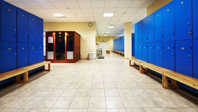 Торговая мебель-Шкафчики для раздевалки «Модель 169»-фото2
