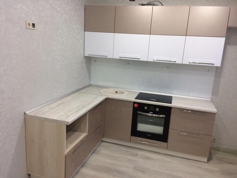 Белый кухонный гарнитур-Кухня из пластика «Модель 454»-фото2